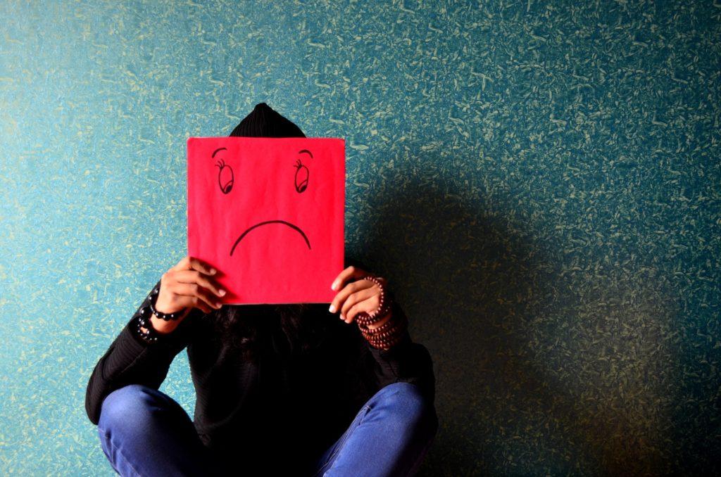 Lebensversicherungen machen mich unglücklich. Ich habe sie daher beitragsfrei gestellt und warte ab.