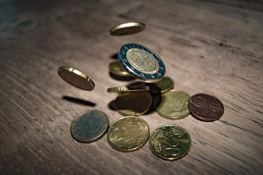 Kleingeld sparen –mit richtiger Tracking-Differenz bei ETF